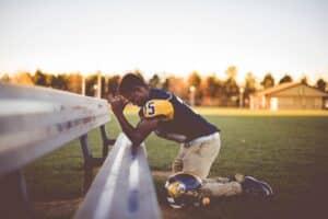 athlete-praying